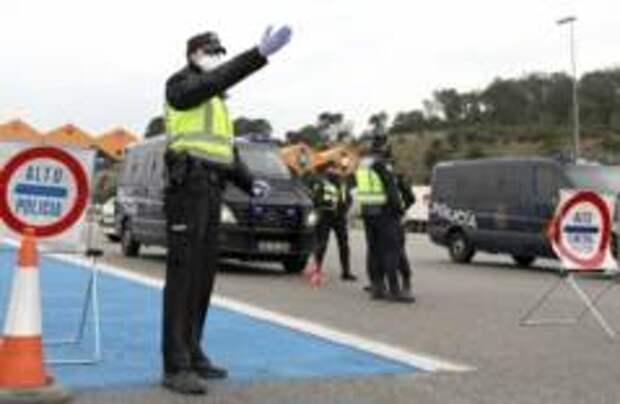 Испания ввела двухнедельный карантин для всех въезжающих