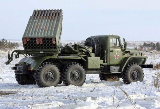 В Ростовскую область доставлены сверхмощные артиллерийские системы залпового огня
