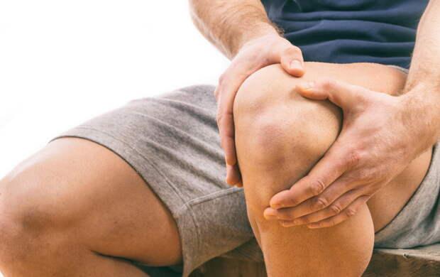 Невролог рассказала, как уменьшить боль в суставах без лекарств