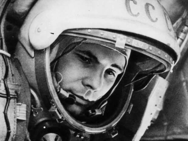 Гагарин погиб из-за НЛО?