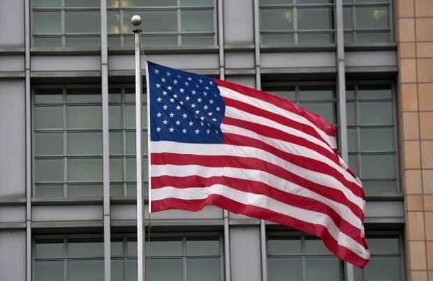 Бывший разведчик рассказал, как российские спецслужбы вербуют американцев