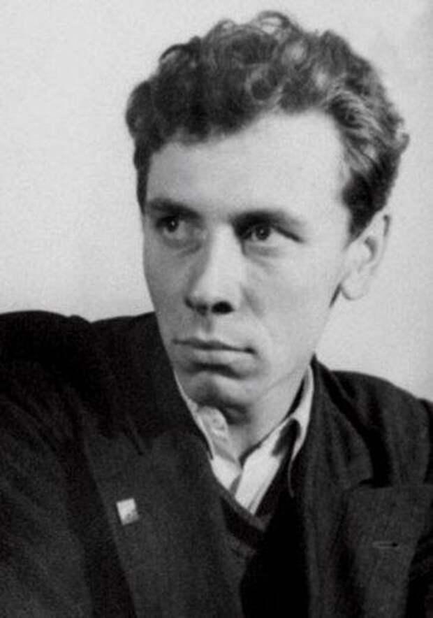 Опалённый войной. Анатолий Дмитриевич Папанов