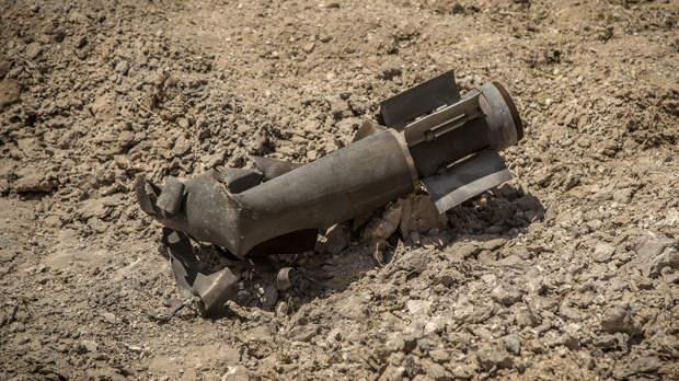 Автомобиль с пассажирами подорвался на мине в Сирии