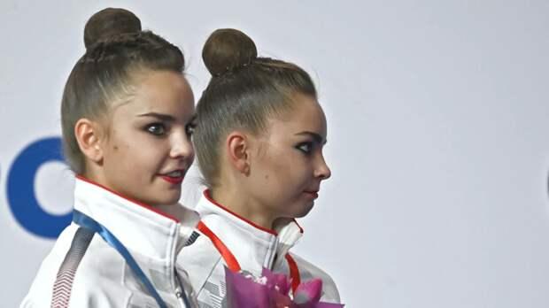 Смолов, сёстры Аверины и другие спортсмены спели песню «День Победы»
