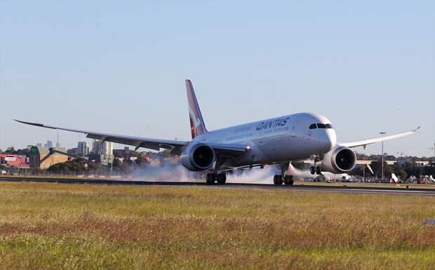Австралийская авиакомпания Qantas побила рекорд беспосадочного перелета