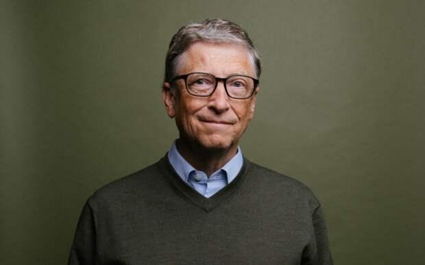 Билл Гейтс лишил Джеффа Безоса статуса самого богатого человека мира