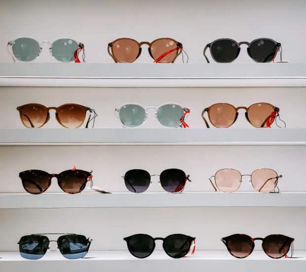Окулист предостерег от покупки дешевых солнечных очков