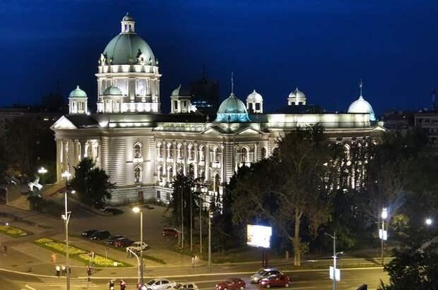 Белград не присоединится к санкциям против Москвы — Известия