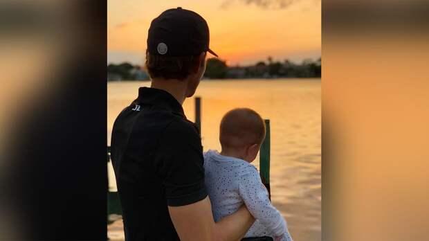 Годовалая дочь звезды гольфа Виллегаса умерла от рака за несколько месяцев