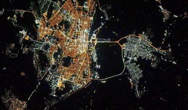 Член экипажа МКС показал ночной Ростов изкосмоса