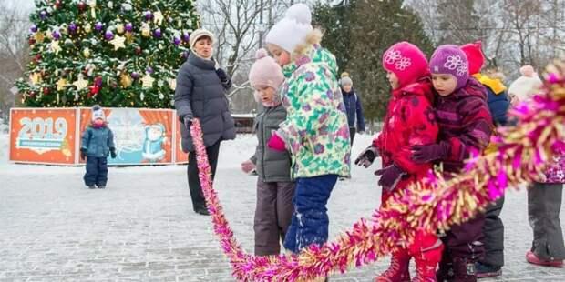 Дед Мороз и Снегурочка проведут мастер-класс по созданию новогодних игрушек в досуговом центре парка «Ходынское поле»