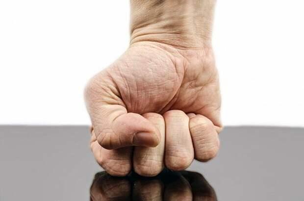 Панч, Кулак, Рука, Прочность