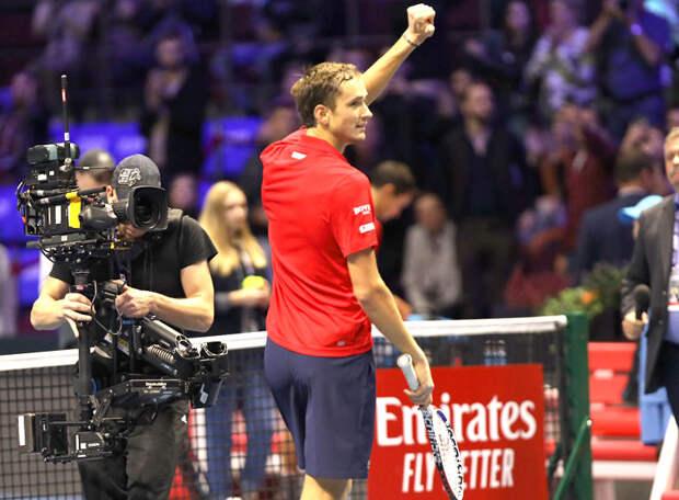 Медведев - о победе в финале US Open: Понимал, что за каждый мяч надо бороться, были моменты, где Джокович подавал эйс. Я себе говорил, мол, давай, угадывая, куда он подаст