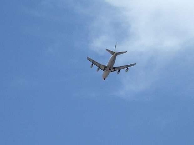 Канадским авиакомпаниям рекомендовали не летать над Украиной