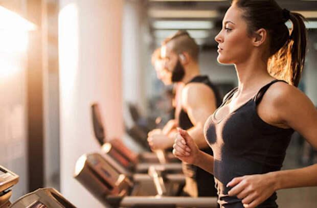 Занятия фитнесом подавляют мечты о роскоши и жажду наживы