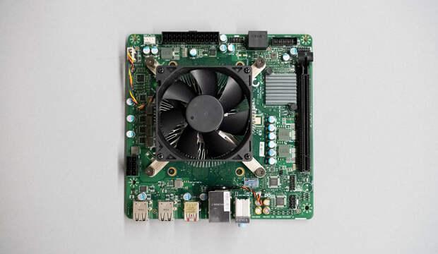 Почти Xbox Series X в основе вашего ПК. Так выглядит плата с APU AMD 4700S