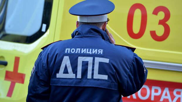 На юго-востоке Москвы 17-летний автомобилист сбил пешеходов на тротуаре