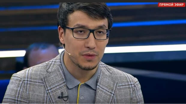 Политолог Абзалов рассказал о пользе майских выходных в борьбе с COVID-19
