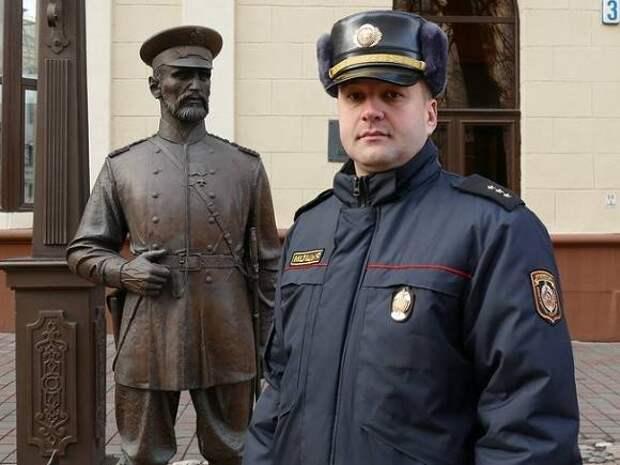 Силовики пришли с обысками в редакцию TUT.by, с журналистами пропала связь