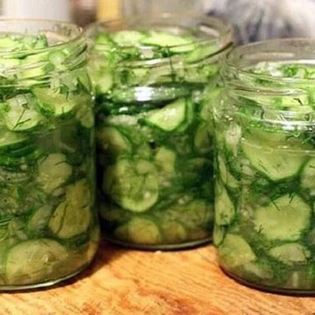 Из огурцов с зеленью. 2 рецепта