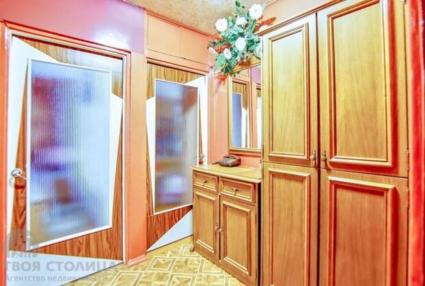 Привет из 90-х! Выставленная на продажу квартира в Минске растрогала сетян