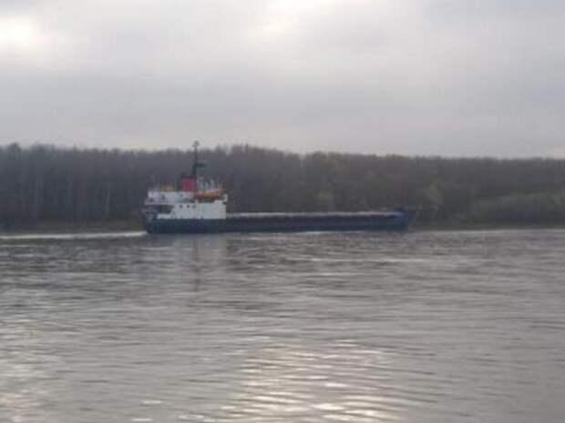 Тем временем: Украина присвоила иностранное судно с грузом за заход в Крым