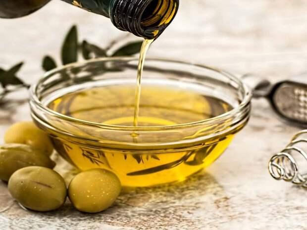 Комбинация оливкового масла и овощей объясняет пользу средиземноморской диеты