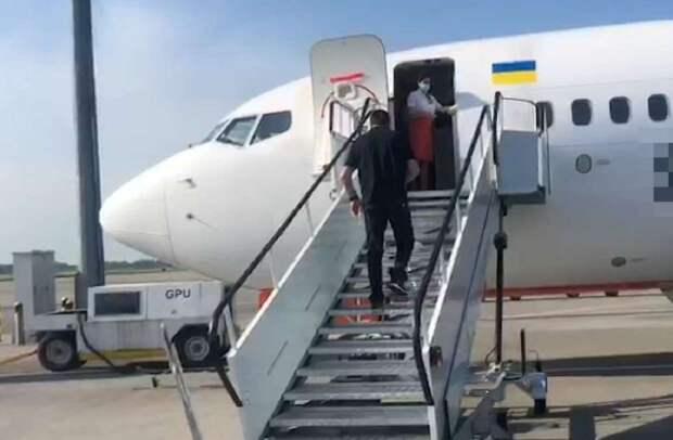Криминального авторитета из санкционного списка СНБО депортировали