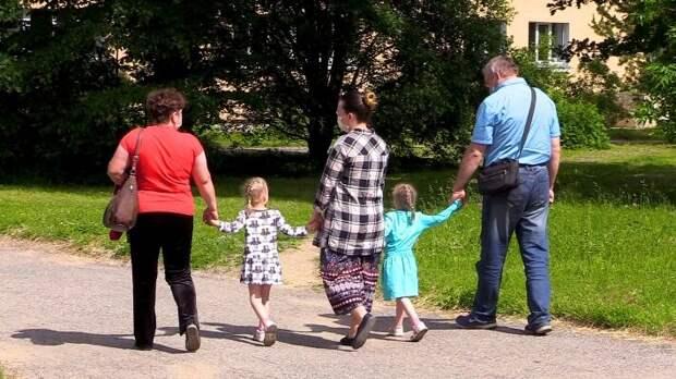 Названы главные проблемы семей, которые воспитывают ребенка-инвалида