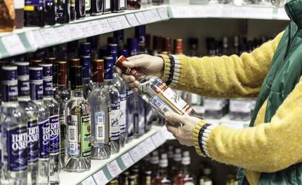 Дешевую водку — всем, везде и всегда