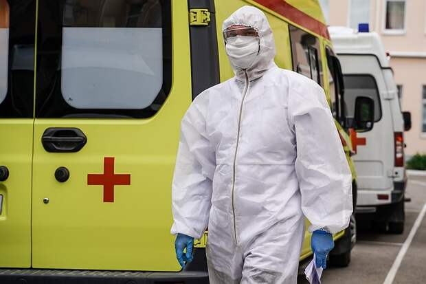 Инфекционист объяснила, почему пришлось вводить ограничения по коронавирусу в Москве: «Нельзя было расслабляться»