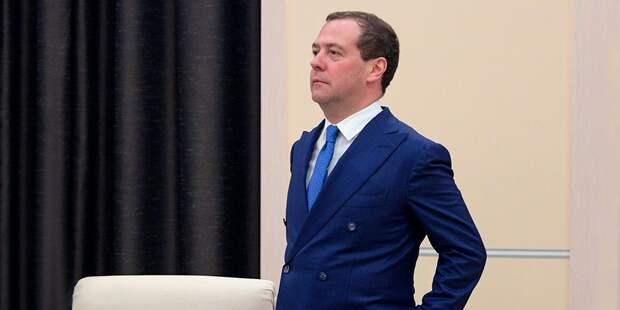 Медведев планирует потратить 1,6 трлн на развитие цифровых технологий