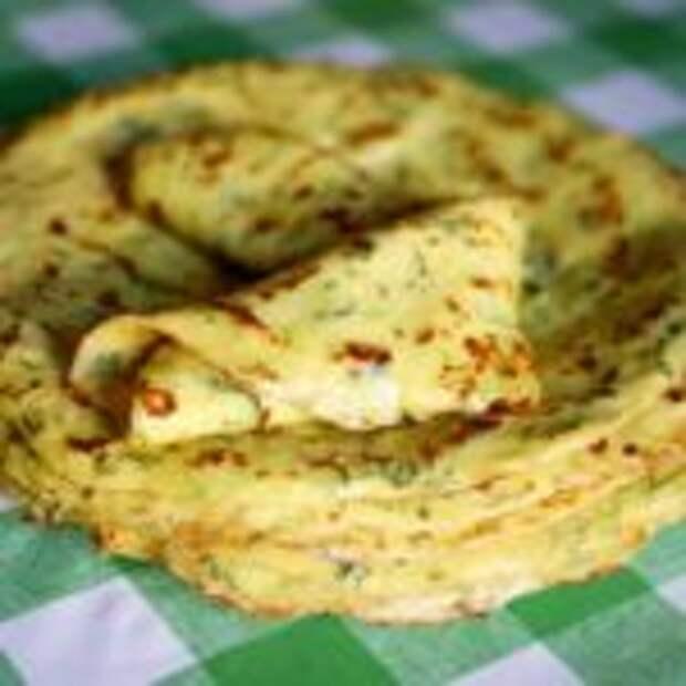Готовим тонкие блины из кабачков