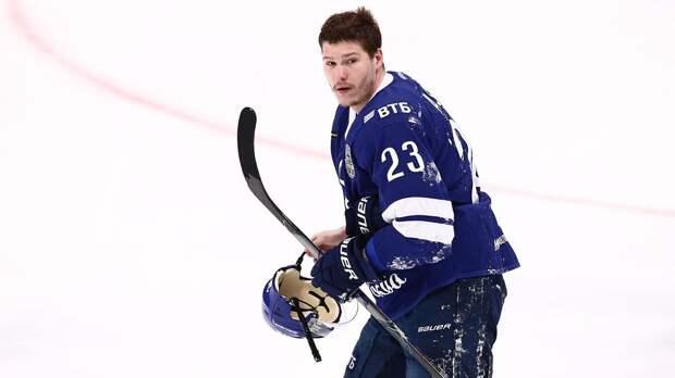 Московское «Динамо» расторгло контракт с Яшкиным. Форвард вернется в НХЛ