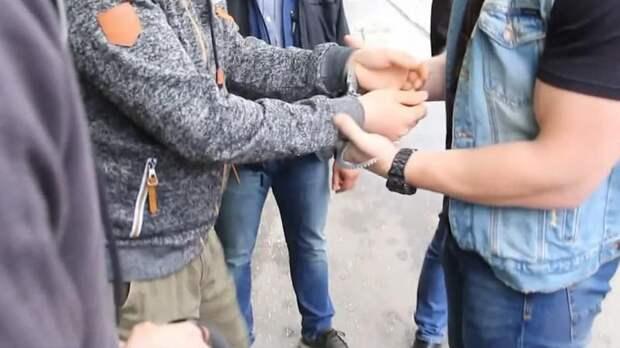 В Петербурге задержали организатора канала финансирования террористов – видео