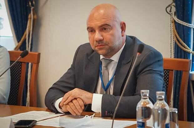 Тимофей Баженов предложил делать уроки о войне с участием звёзд