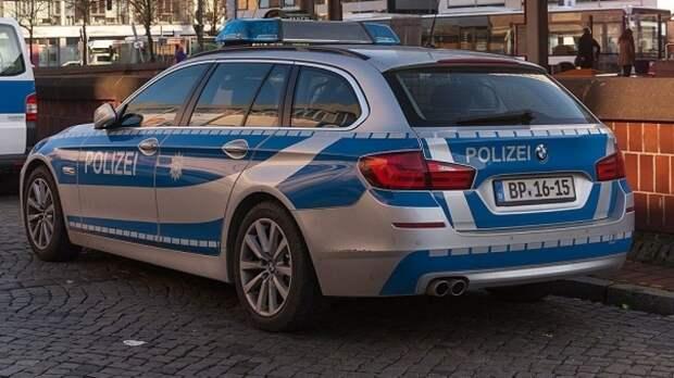 Немецкая полиция допускает версию о теракте после ранения четырех человек