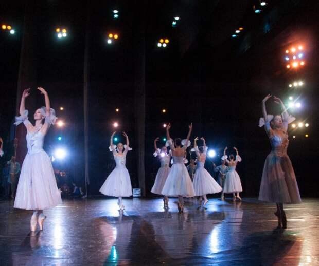 В честь Всемирного дня театра на Кубани проведут спектакли и экскурсии