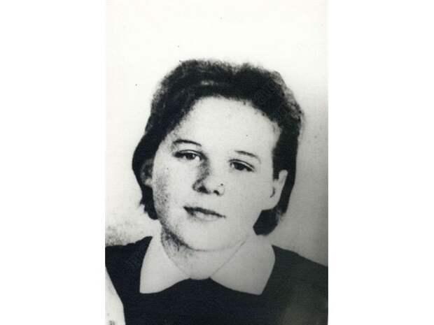 Простая русская девушка Надя Курченко