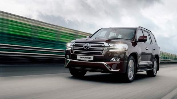 Внедорожник Toyota Land Cruiser нового поколения показали на видео