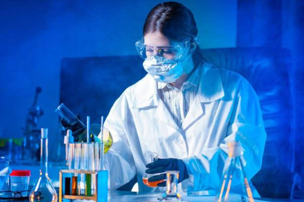 Микробиолог Никулин: COVID-19 не мог быть «создан природой»