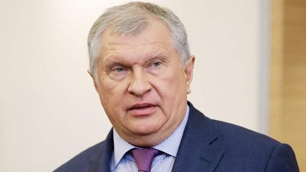 """Кто она – новая девушка Игоря Сечина. Личная жизнь, все жены и дети президента """"Роснефти"""""""