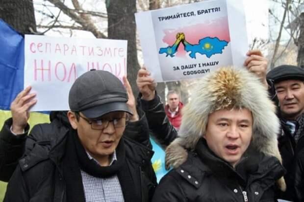 Казахские националисты делают всё возможное, чтобы догнать и перегнать по уровню оголтелой русофобии своих...