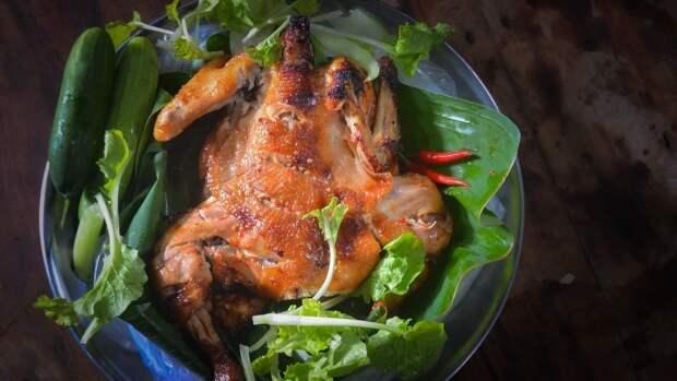 Повар Синицын рассказал о самой опасной части курицы