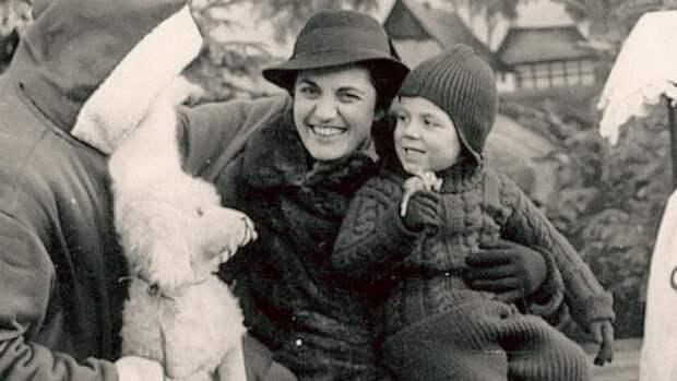 Безупречная Лиза: история разведчицы, обманувшей нацистов и укравшей у США бомбу