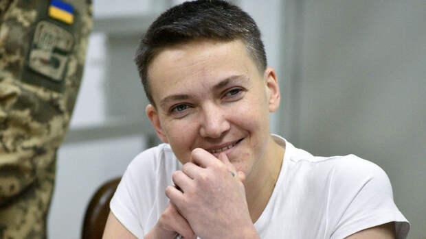 Савченко напомнила о хищениях Порошенко в обороной сфере Украины