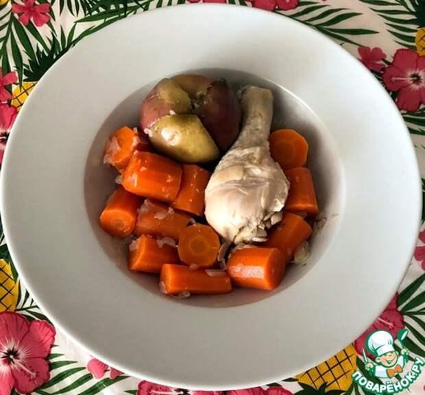 Голени курицы с яблоками и морковью