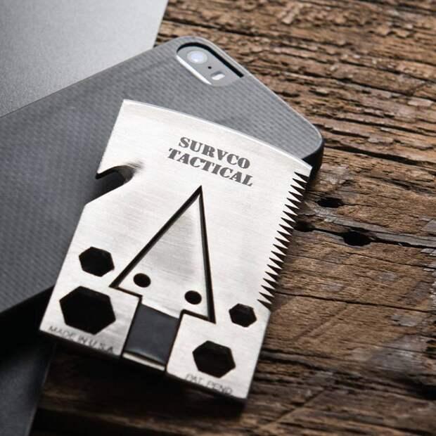 Survco: топорик для выживания в формате кредитной карты