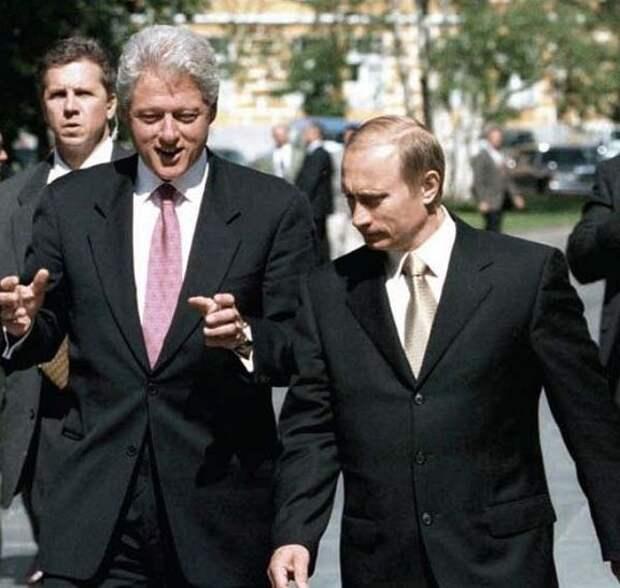 """""""Нам такой подарок не нужен"""". Рассекреченные переговоры Путина с Клинтоном"""