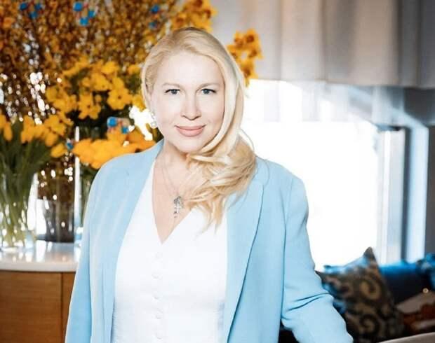 Екатерина Одинцова придумала шутки для Александра Цекало и Ивана Урганта